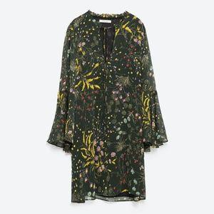 Zara Basic Green Floral Boho Dress Sz. M